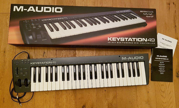 MIDI Controller M-Audio Key Station 49 II